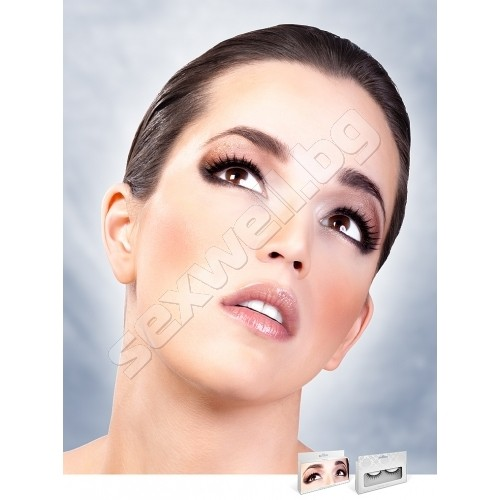 BLACK PREMIUM EYELASHES 665