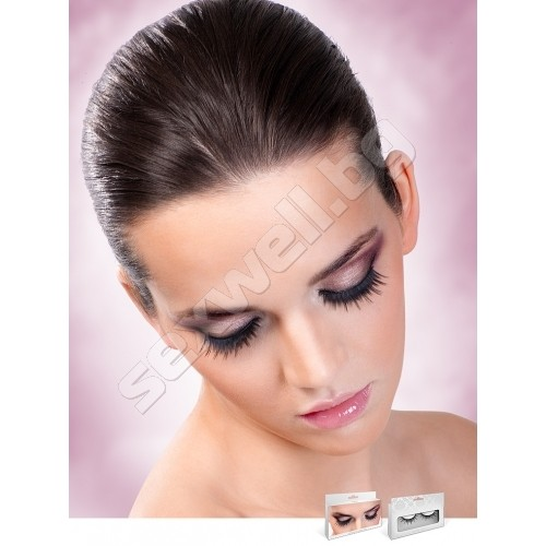 BLACK DELUXE EYELASHES 670