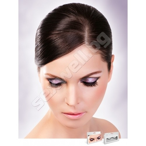 BLACK PREMIUM EYELASHES 690